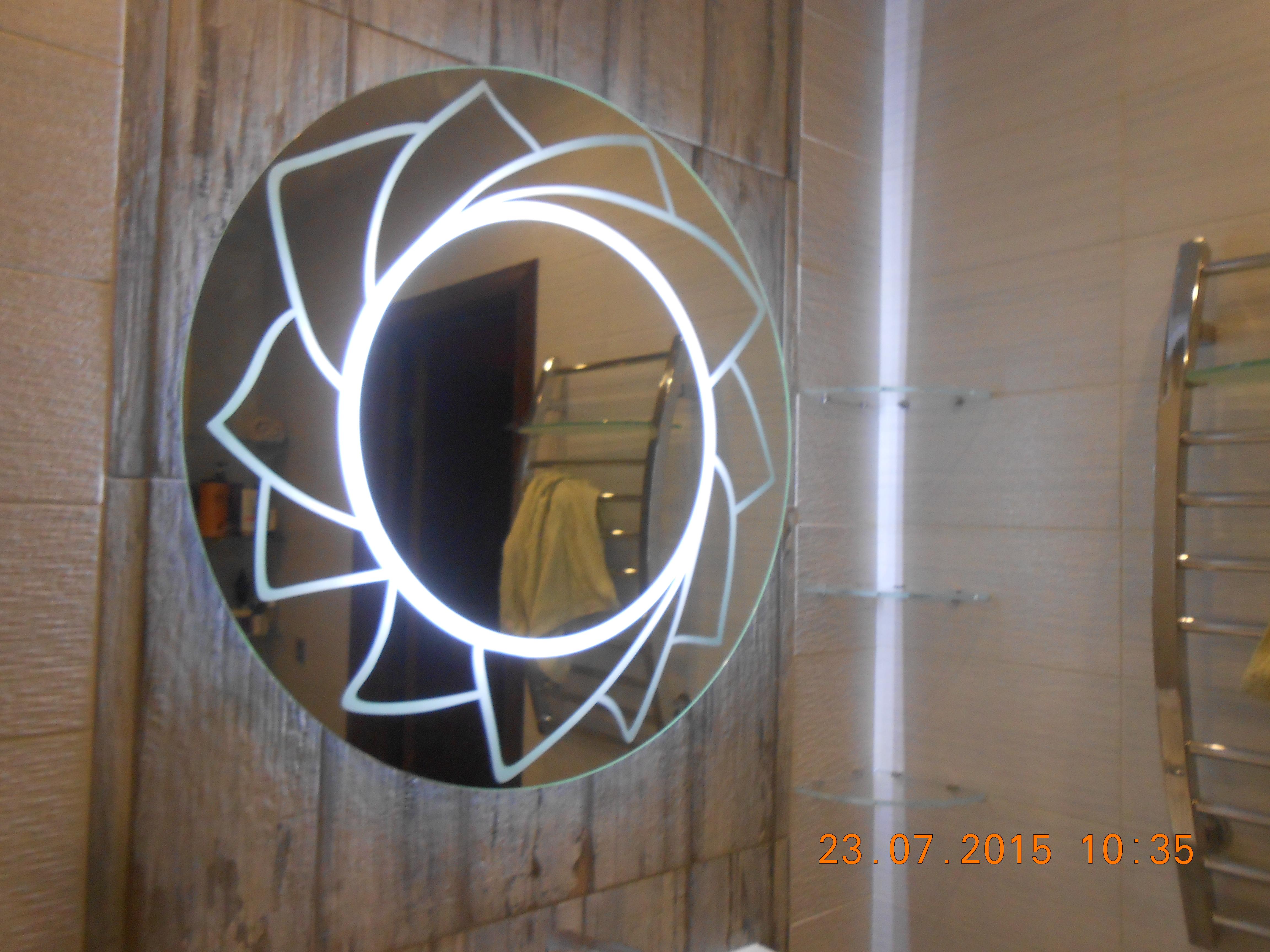 Поделки из зеркала и стекла 6