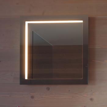 минималистичное зеркало с подсветкой