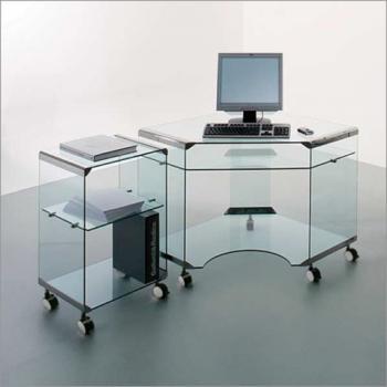 Компьютерный стол и тумба из стекла на колесиках