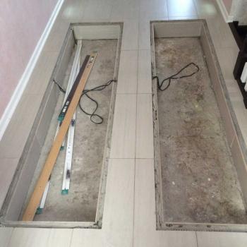Монтаж стеклянного пола в коттедже