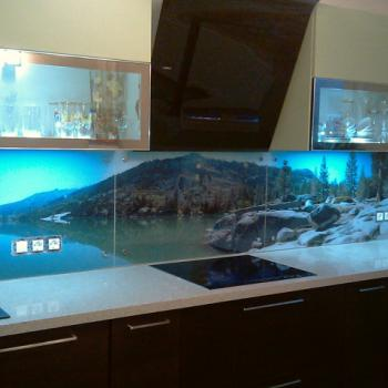 """Фартук для кухни из стекла с фотопечатью """"Горное озеро"""""""
