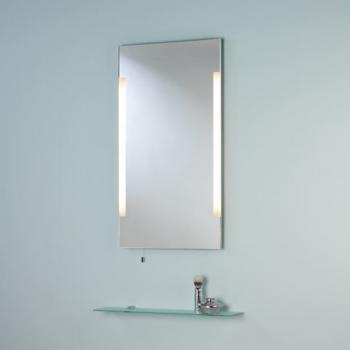 зеркало в ванную комнату с боковой подсветкой и стеклянной полкой