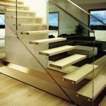 перила для лестницы из цельного стекла